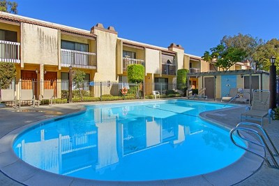 San Diego Condo/Townhouse For Sale: 10249 Black Mountain Rd #Q5