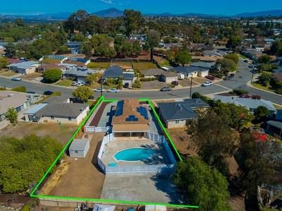 Chula Vista Single Family Home For Sale: 446 Vista Way