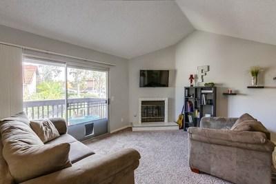 Vista Condo/Townhouse For Sale: 308 Windy Ln