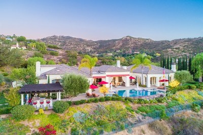 Poway Single Family Home For Sale: 18130 Old Coach Dr