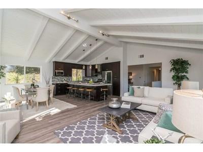 Escondido Single Family Home For Sale: 25950 Kaywood Dr