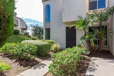 Carlsbad Condo/Townhouse For Sale: 900 Caminito Madrigal #A