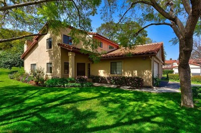 Fallbrook Condo/Townhouse For Sale: 1718 Tecalote