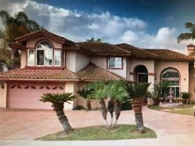 Chula Vista Single Family Home Active Under Contract: 458 Manzano Pl