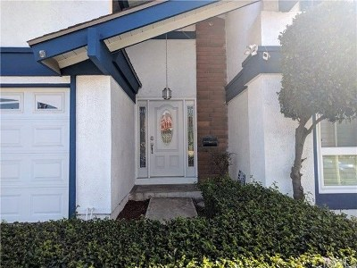 Tustin Single Family Home For Sale: 14862 Foxcroft Rd