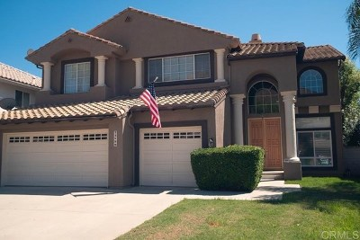 Murrieta Single Family Home For Sale: 23799 Via Segovia