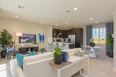 San Diego CA Condo/Townhouse For Sale: $387,990