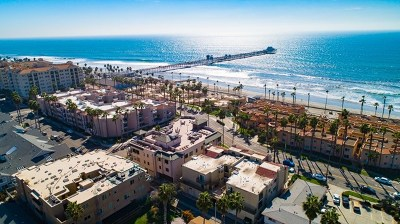 Oceanside Condo/Townhouse For Sale: 510 N Pacific St #1