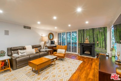 West Hollywood Condo/Townhouse For Sale: 8530 Holloway Drive #227