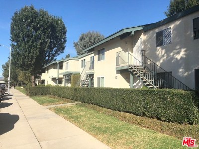 Granada Hills Condo/Townhouse For Sale: 10636 Woodley Avenue #28