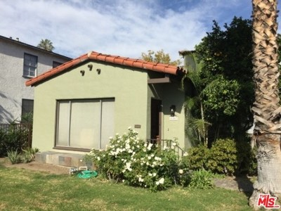 North Hollywood Multi Family Home For Sale: 11569 Riverside Drive
