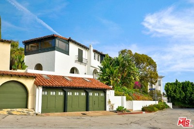 Hollywood Single Family Home Active Under Contract: 6545 Cahuenga Terrace