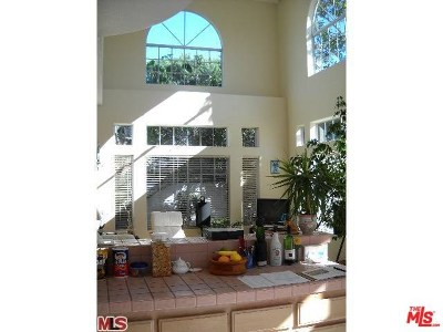 Redondo Beach Condo/Townhouse For Sale: 2514 Harriman Lane #B