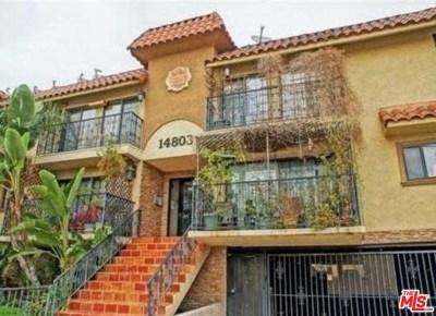 Los Angeles Condo/Townhouse Active Under Contract: 14803 Vanowen Street #9