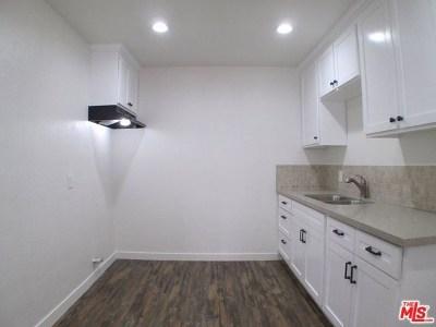 Long Beach Multi Family Home For Sale: 1974 Henderson Avenue