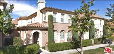 Irvine Condo/Townhouse For Sale: 173 Sanctuary