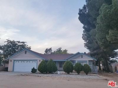Quartz Hill Single Family Home For Sale: 4555 W Avenue M6