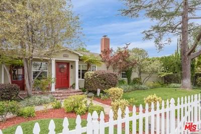 Lakewood Single Family Home For Sale: 5610 Harvey Way