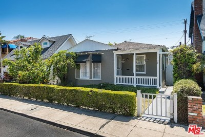 Long Beach Single Family Home For Sale: 30 Quincy Avenue