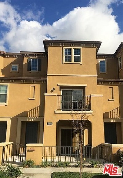Santa Fe Springs Condo/Townhouse For Sale: 10518 Willow Lane