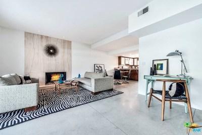 Palm Springs Condo/Townhouse For Sale: 425 E Avenida Granada