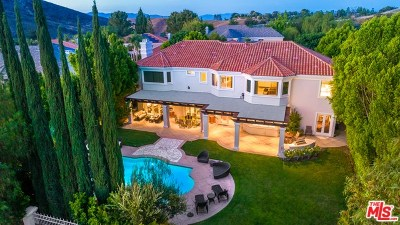 Calabasas Single Family Home For Sale: 25436 Cumberland Lane