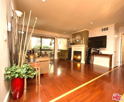 West Hollywood Condo/Townhouse For Sale: 950 N Kings Road #147