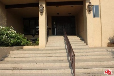Encino Condo/Townhouse For Sale: 5412 Lindley Avenue #211