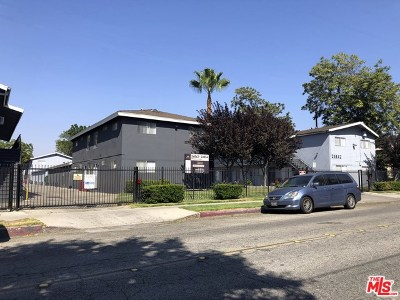 Newhall Multi Family Home For Sale: 24842 Newhall Avenue