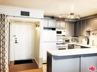 Glendale Condo/Townhouse For Sale: 330 N Jackson Street #310