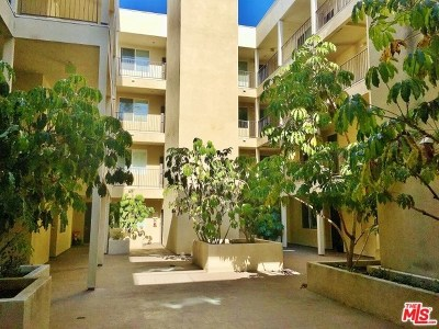 Valley Village Condo/Townhouse For Sale: 4820 Bellflower Avenue #211