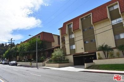 Signal Hill Condo/Townhouse For Sale: 2501 Temple Avenue #106