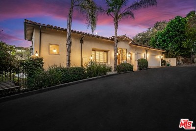 Studio City Single Family Home For Sale: 12725 Hacienda Drive