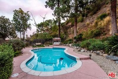 Glendale Single Family Home For Sale: 3250 Emerald Isle Drive