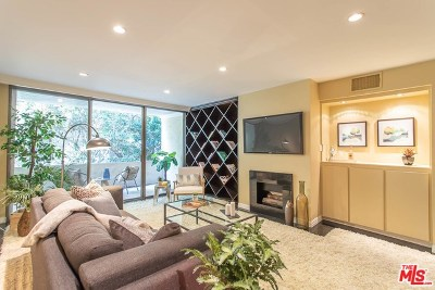West Hollywood Condo/Townhouse For Sale: 8535 W West Knoll Drive #205