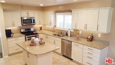 Woodland Hills Single Family Home For Sale: 5773 Fairhaven Avenue