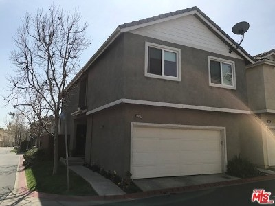 Sylmar Condo/Townhouse For Sale: 13510 Shady Palms Lane