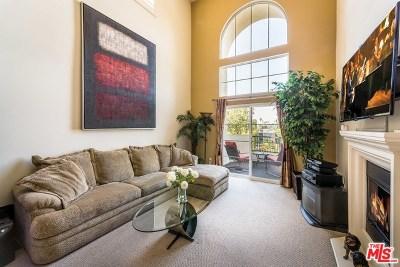 Sherman Oaks Condo/Townhouse For Sale: 15206 Burbank #301
