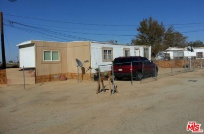 Palmdale Multi Family Home For Sale: 38525 90th Street