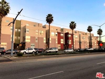 Long Beach Condo/Townhouse For Sale: 1880 Long Beach #5