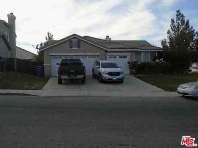Palmdale Single Family Home For Sale: 36555 Silverado Drive