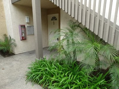 San Diego Condo/Townhouse For Sale: 3148 Via Alicante #A