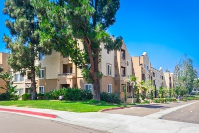 San Diego Condo/Townhouse For Sale: 3520 Lebon Dr #5125
