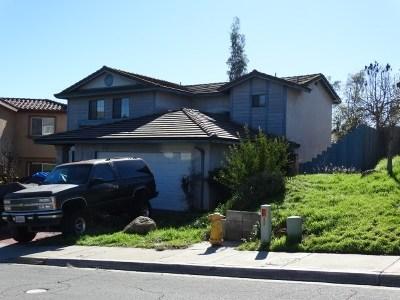 Lemon Grove Single Family Home For Sale: 1941 Dain Dr.