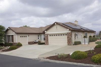 Escondido Single Family Home For Sale: 2214 Sonrisa Gln