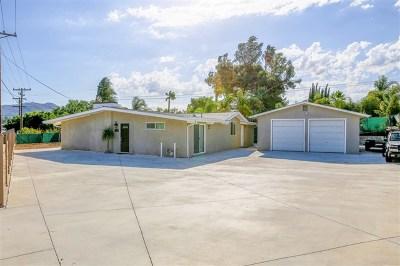 Vista Single Family Home For Sale: 815 E Bobier Dr