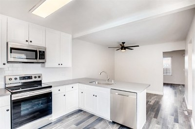 Chula Vista Condo/Townhouse For Sale: 575 Otay Lakes Rd #14
