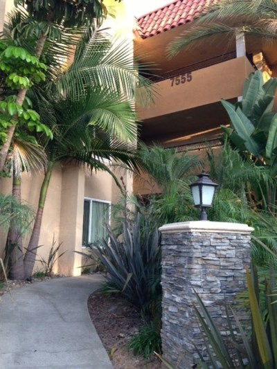 San Diego Condo/Townhouse For Sale: 7555 Linda Vista #20