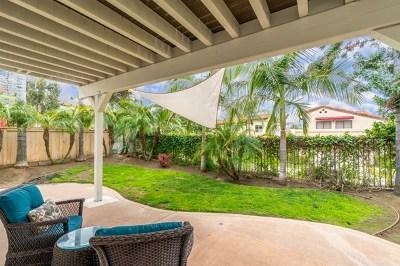 Escondido Single Family Home For Sale: 3827 Azalea Glen