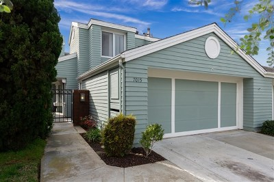 Carlsbad Condo/Townhouse For Sale: 7015 Lavender Way